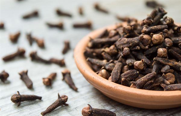 Đinh hương có chứa nhiều tinh dầu đem lại nhiều giá trị cho người sử dụng